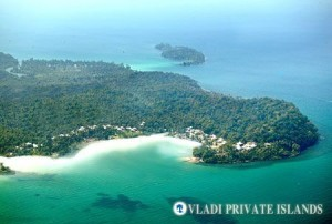 (The unspoiled wilderness of Soneva Kiri)