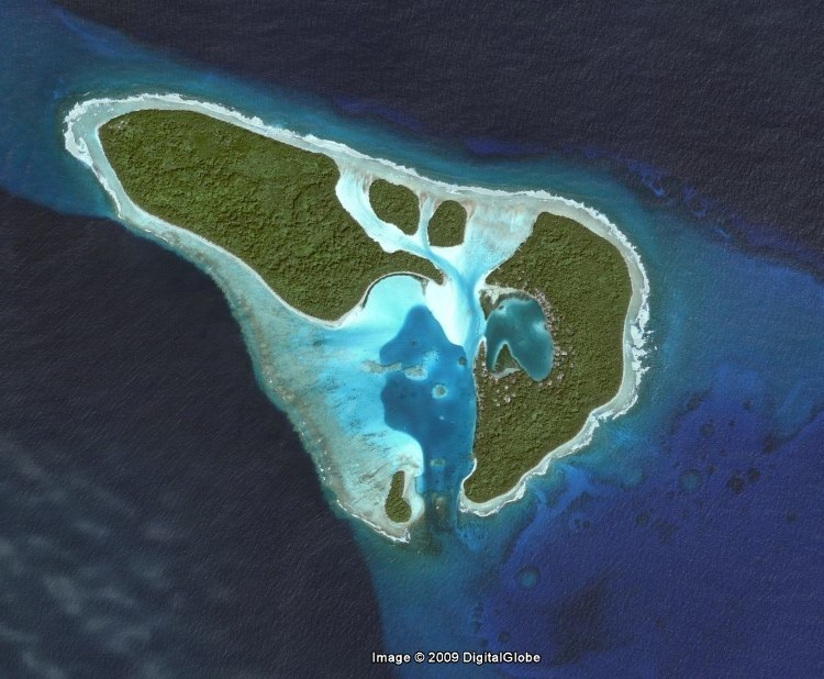 (Satellite Image of Poluwat by Google)
