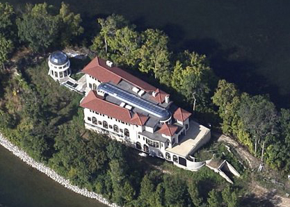 (The island's unfinished mansion)