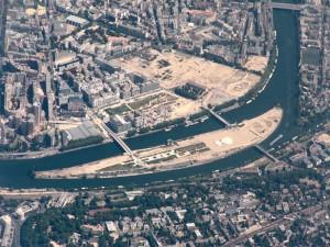 Ile Seguin, Seine River, Paris