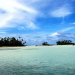 (Some of Kiribati's tiny islets/Flickr)
